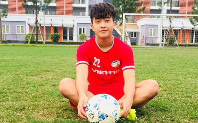 Nối gót dàn cầu thủ cực phẩm U23, tiền đạo 18 tuổi điển trai của CLB Viettel khiến hội chị em phát cuồng