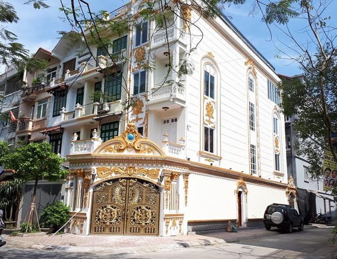 Những căn villa đẹp sửng sốt ở Hà Thành - Ảnh 1.