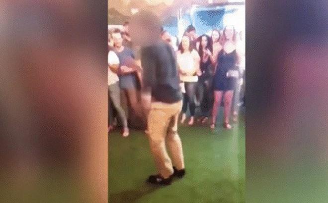 Ham hố thể hiện tài năng nhảy nhót, đặc vụ FBI làm rơi súng và khiến 1 người vô tội bị thương