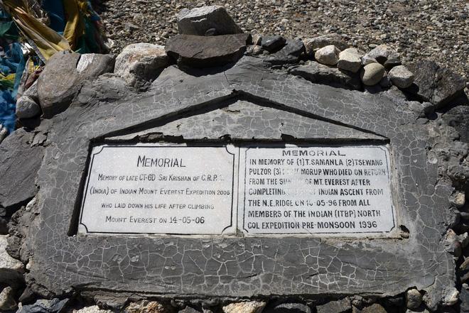 Câu chuyện của Giày Xanh - xác chết nổi tiếng nhất trên đỉnh Everest, cột mốc chỉ đường cho dân leo núi - Ảnh 8.