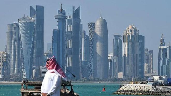 Tròn 1 năm khủng hoảng vùng Vịnh: Hiên ngang trước cấm vận, Qatar khỏe re vì quá giàu - Ảnh 1.