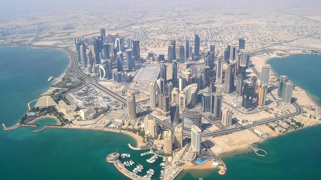 Tròn 1 năm khủng hoảng vùng Vịnh: Hiên ngang trước cấm vận, Qatar khỏe re vì quá giàu - Ảnh 2.