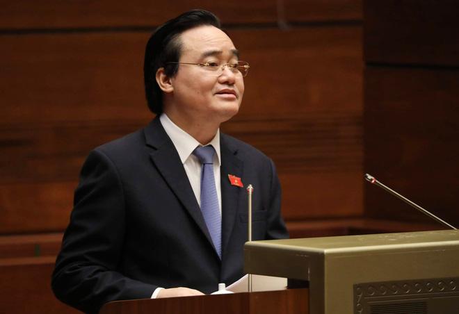 Bộ trưởng Giáo dục trả lời chất vấn về tình trạng xuống cấp đạo đức của giáo viên, học sinh - Ảnh 1.