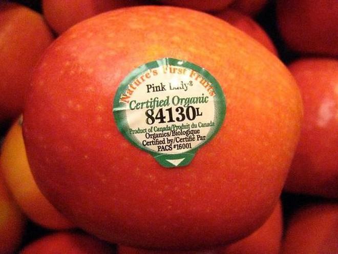 Đừng bao giờ mua trái cây có mã code bắt đầu bằng số 8? - Ảnh 1.