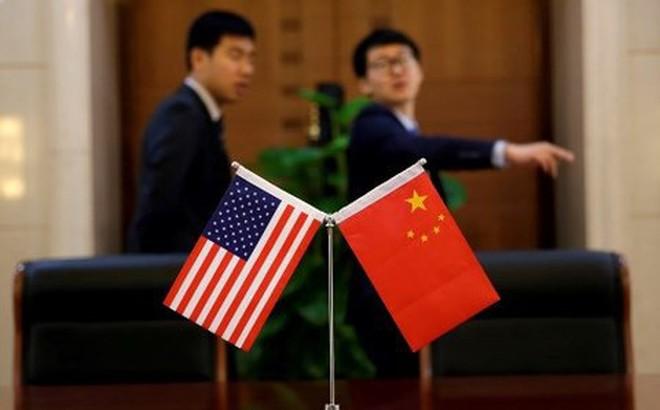 """Vì sao hàng loạt nhân viên ngoại giao Mỹ ở Trung Quốc phải sơ tán vì mắc """"bệnh lạ""""?"""