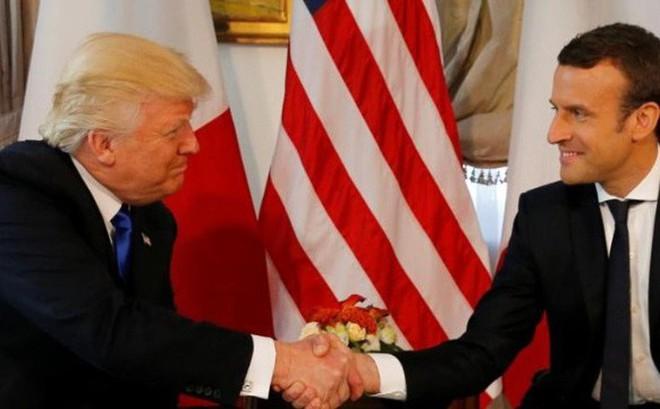 Tổng thống Mỹ Donald Trump 'đấu khẩu' với Tổng thống Pháp Macron