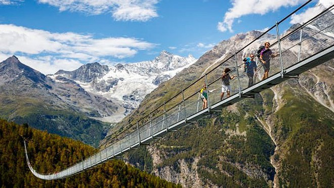 11 cây cầu treo đáng sợ nhất thế giới - Ảnh 5.