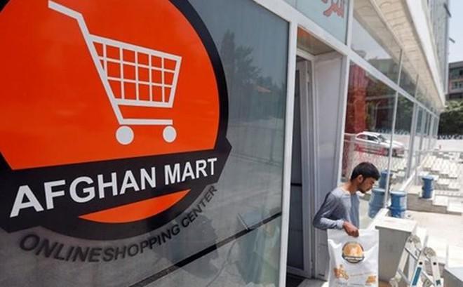 Dân Afghanistan đổ xô mua hàng qua mạng để tránh bị đánh bom