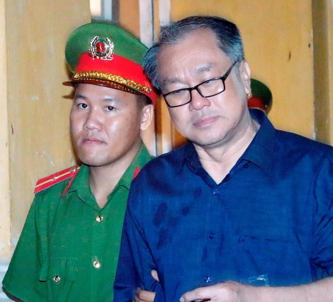 Triệu tập ông Trần Bắc Hà đến tòa trong đại án ngân hàng - Ảnh 2.