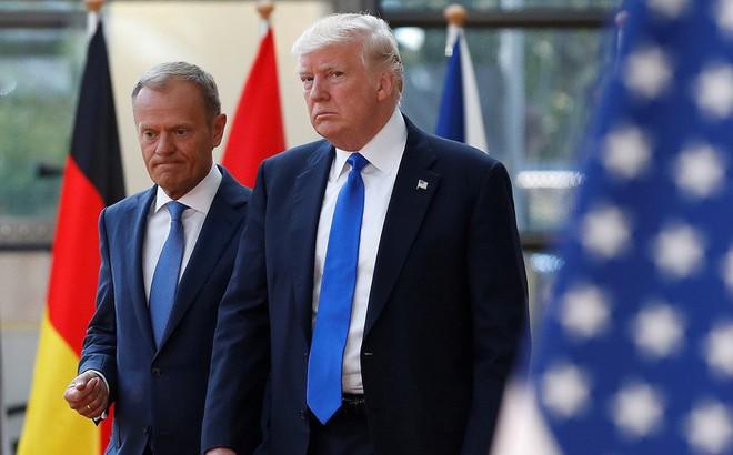 """Ông Trump bị """"nắn gân"""" vì dọa dẫm thành viên NATO: Mỹ không có nhiều đồng minh đâu!"""