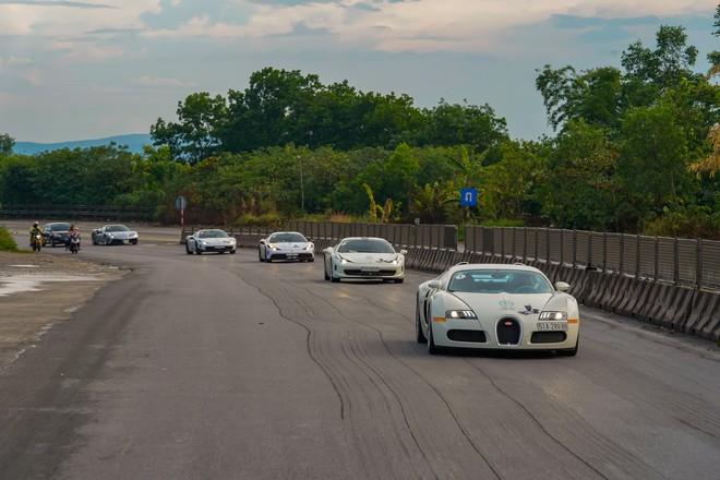 Bugatti của ông Đặng Lê Nguyên Vũ đã trèo đèo, vượt hàng ngàn km từ TPHCM ra tới Hà Nội như thế nào? - Ảnh 4.