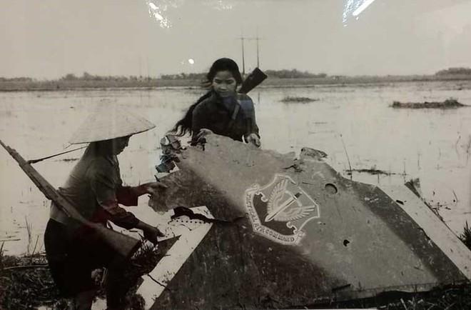 Phát bắn thần kỳ của tên lửa VN: Hạ nhục F-111 cánh cụp, cánh xòe đầu tiên trên TG - Ảnh 3.