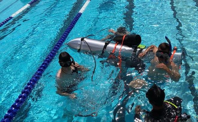 """Chính quyền Thái Lan nói tàu ngầm mini của Elon Musk """"không thực tế"""" đối với cuộc giải cứu"""