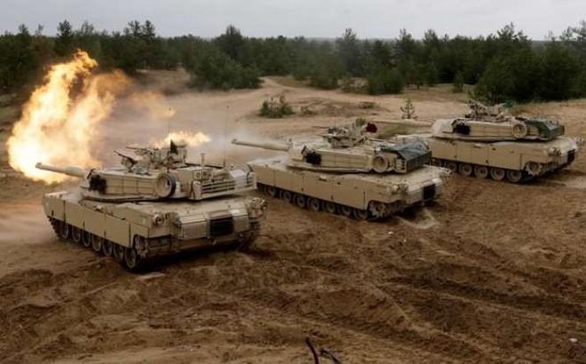 """Nghịch lý NATO: """"Chung vai"""" chống Nga nhưng bị chia rẽ do Mỹ"""