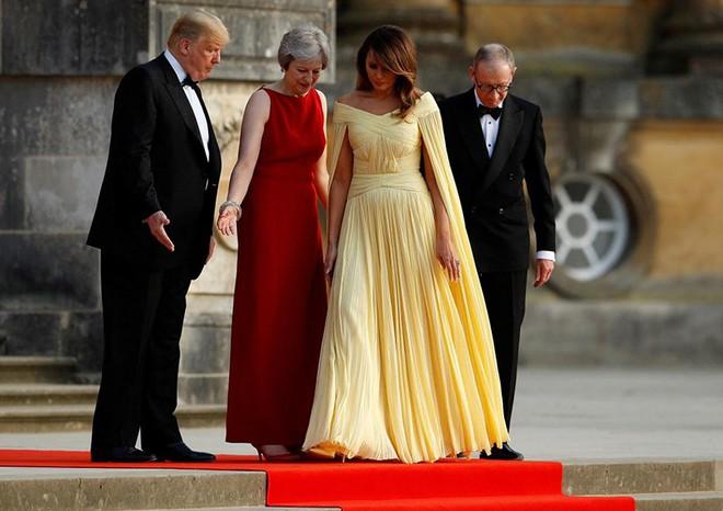 Đệ nhất phu nhân Tổng thống Mỹ lộ vẻ yêu kiều trong chuyến công du Vương quốc Anh - Ảnh 5.