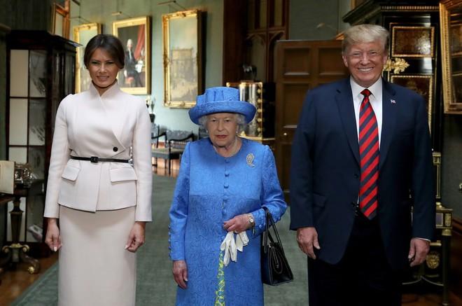 Đệ nhất phu nhân Tổng thống Mỹ lộ vẻ yêu kiều trong chuyến công du Vương quốc Anh - Ảnh 13.