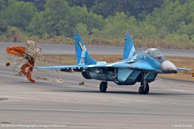 Quân tử phòng thân: Láng giềng ở Nam TQ mua vũ khí mới - MiG-29, Yak-130 Nga được chọn - Ảnh 1.