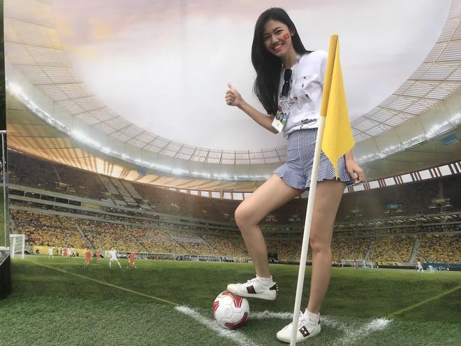 Siêu mẫu Thu Hằng, Á hậu Thanh Tú sang Nga xem chung kết World Cup 2018 - Ảnh 1.