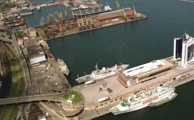 Ukraine sẽ áp đặt biện pháp trừng phạt các cảng Nga ở Biển Đen