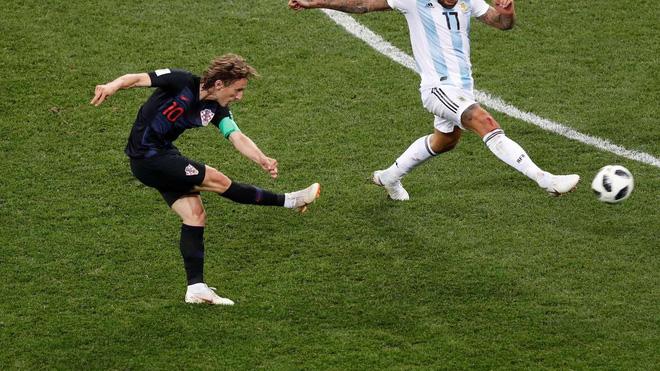 Gương mặt buồn của Modric và lời nguyền với Quả bóng vàng World Cup - Ảnh 11.