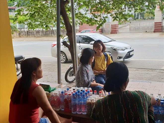 """Phụ huynh, học sinh Hà Giang lo ngại bị """"miệt thị"""" sau vụ điểm thi bất thường - Ảnh 1."""