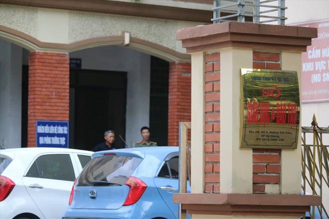 Bí thư Hà Giang trực tiếp gọi điện yêu cầu làm rõ nghi vấn điểm thi bất thường - Ảnh 1.