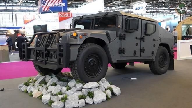 Xe bọc thép Humvee Mỹ liên tiếp hứng tổn thất: Thay đổi hay là chết? - Ảnh 2.