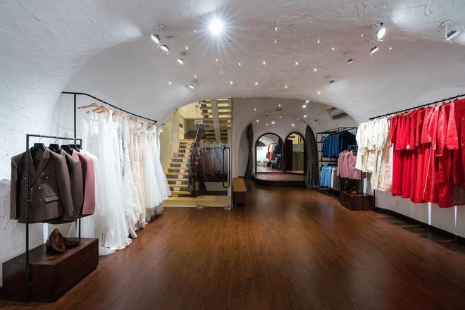 Cửa hàng váy cưới Việt được giới thiệu trên báo Tây - Ảnh 13.