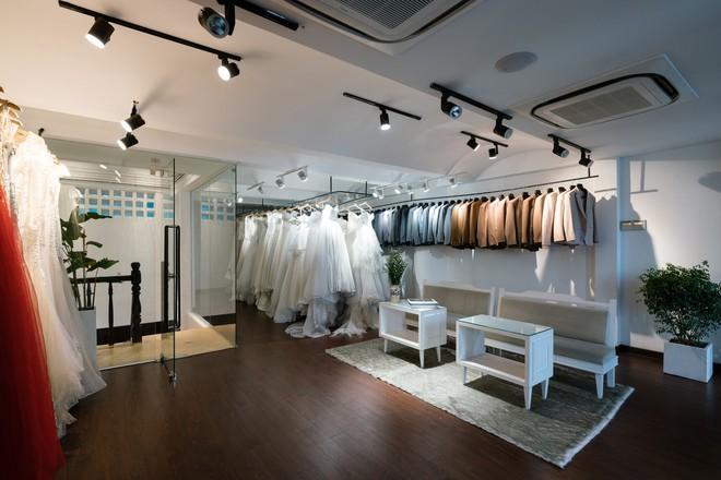 Cửa hàng váy cưới Việt được giới thiệu trên báo Tây - Ảnh 11.