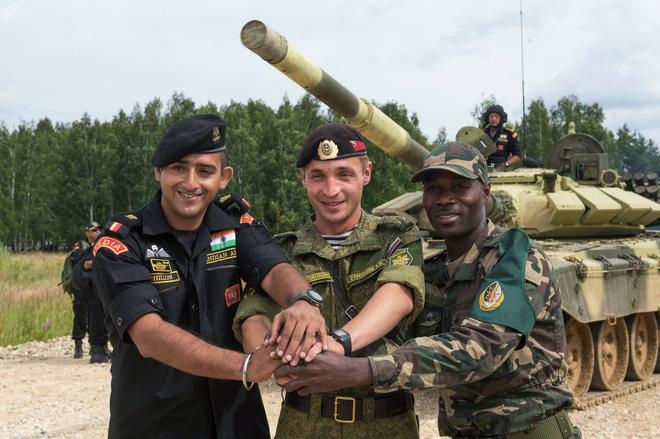 Chuyên gia bóc mẽ 3 lý do khiến Mỹ không muốn Ấn Độ có được S-400 Nga - Ảnh 1.