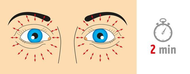 Thị lực suy giảm mạnh do lạm dụng công nghệ: 8 bài tập thể dục tốt nhất để cứu đôi mắt - Ảnh 6.