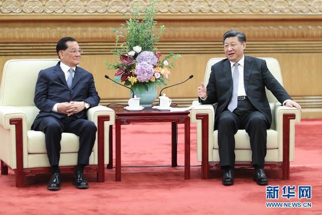 Vừa đấm vừa xoa, Chủ tịch Trung Quốc Tập Cận Bình gửi lá bài cảm xúc về tương lai Đài Loan - Ảnh 1.