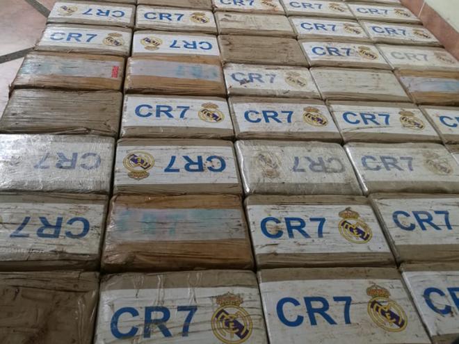 Phát hiện 270kg ma túy dán nhãn Ronaldo và logo Real Madrid - Ảnh 3.