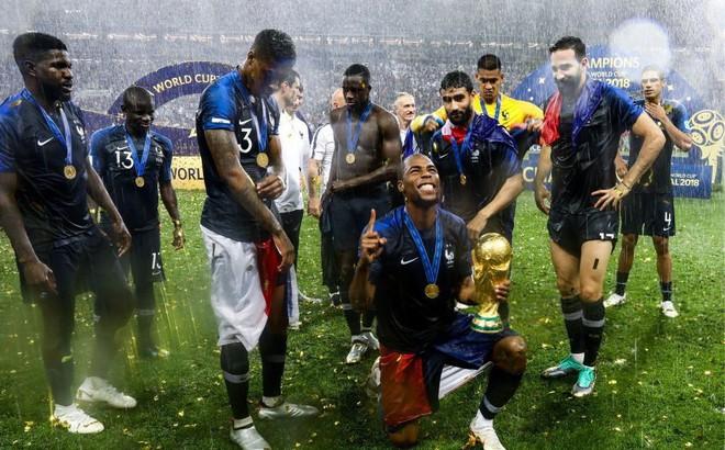 N'Golo Kante: Có một nhà vô địch chỉ thích đứng sau ánh hào quang