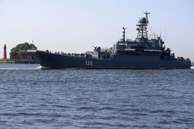 Nga duyệt binh hải quân năm 2018: Hơn 40 tàu chiến mạnh nhất, có một ngôi sao rất sáng! - Ảnh 9.