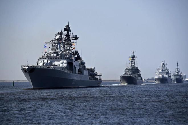 Nga duyệt binh hải quân năm 2018: Hơn 40 tàu chiến mạnh nhất, có một ngôi sao rất sáng! - Ảnh 2.