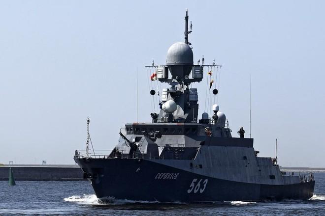 Nga duyệt binh hải quân năm 2018: Hơn 40 tàu chiến mạnh nhất, có một ngôi sao rất sáng! - Ảnh 6.