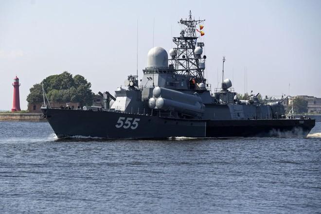 Nga duyệt binh hải quân năm 2018: Hơn 40 tàu chiến mạnh nhất, có một ngôi sao rất sáng! - Ảnh 7.