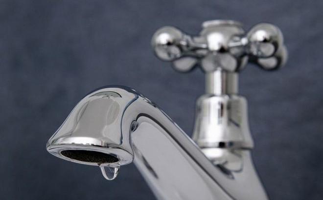 """Đã tìm ra nguyên nhân gây ra tiếng """"tí tách"""" của giọt nước rơi từ vòi rửa"""