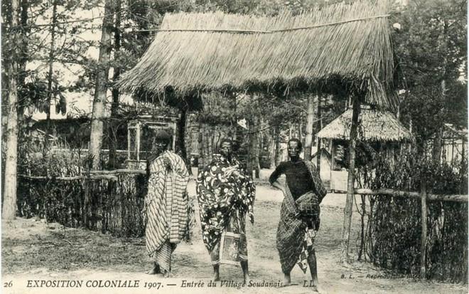 Bên trong khu vườn bị bỏ hoang ở Paris, nơi 100 năm trước con người từng bị đem ra triển lãm, mua vui chẳng khác gì ở sở thú - Ảnh 4.