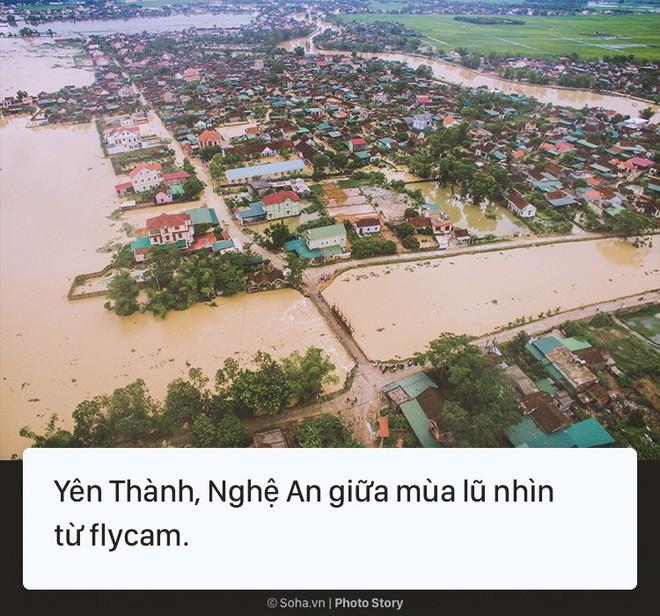 [Photo Story] Cảnh phố như sông ở nhiều tỉnh thành sau cơn bão số 3 - Ảnh 2.