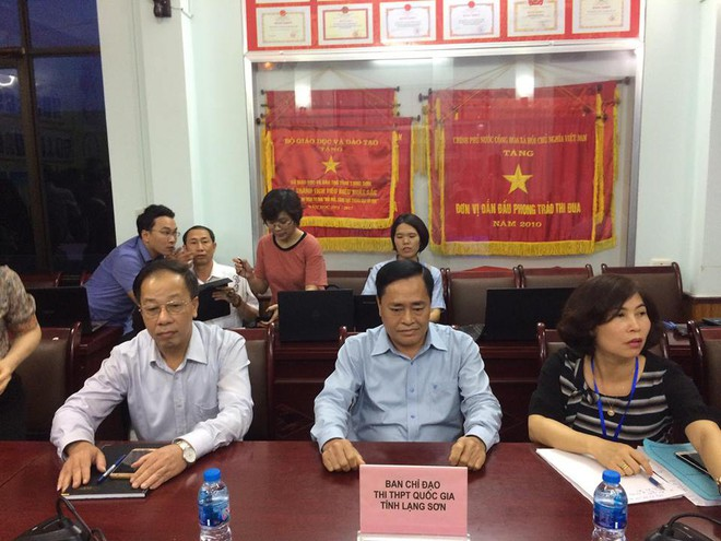 Họp báo chóng vánh rà soát điểm thi ở Lạng Sơn: 8/51 thí sinh bị giảm điểm thi sau chấm thẩm định - Ảnh 4.
