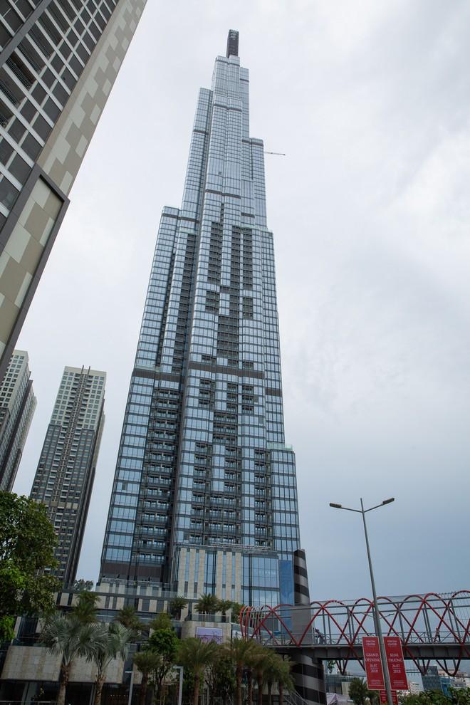 4 ngày trước khi khai trương, tòa nhà cao nhất Việt Nam hiện ra sao? - Ảnh 1.