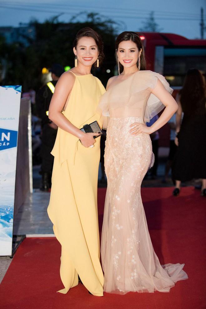 Hoa hậu Ngọc Khánh tái xuất, khiến khán giả ngỡ ngàng vì nhan sắc không tuổi - Ảnh 3.