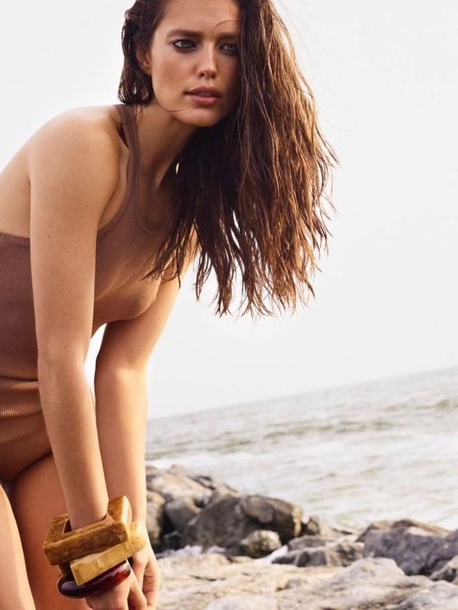 Vẻ đẹp mê hồn của chân dài 9x Emily Didonato   - Ảnh 8.