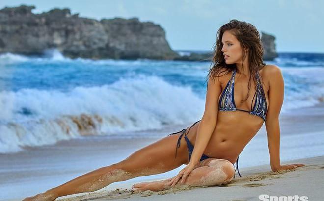 Vẻ đẹp mê hồn của chân dài 9x Emily Didonato