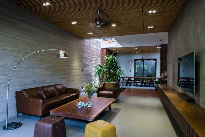 Mãn nhãn có ngôi nhà ngập ánh sáng, nội thất toàn bằng gỗ sang trọng - Ảnh 10.
