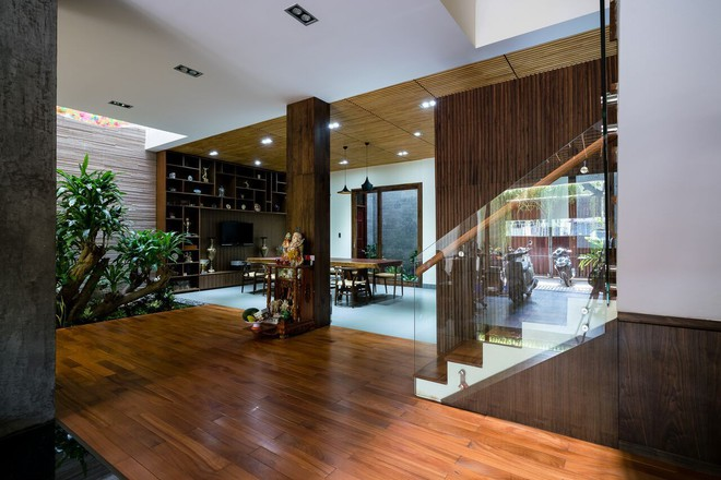 Mãn nhãn có ngôi nhà ngập ánh sáng, nội thất toàn bằng gỗ sang trọng - Ảnh 12.