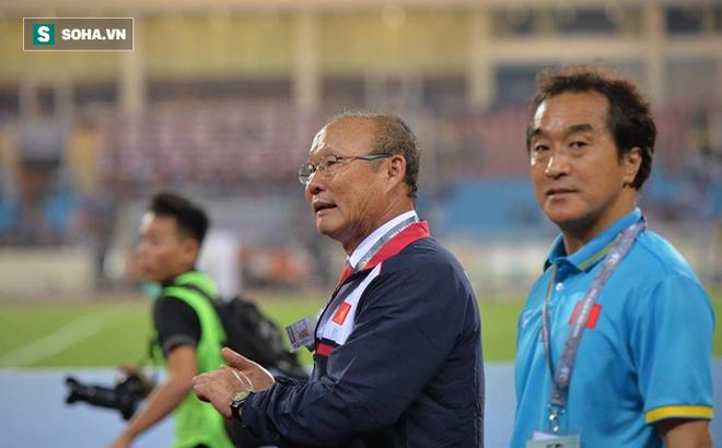 U23 Việt Nam: Nhìn sang kình địch mới thấy HLV Park Hang-seo được ưu ái ra sao