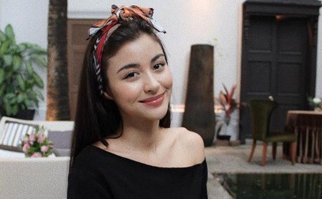 """Sau cô bạn gái kém xinh, """"nam thần"""" Thái Lan kết đôi cùng ứng viên Hoa hậu"""